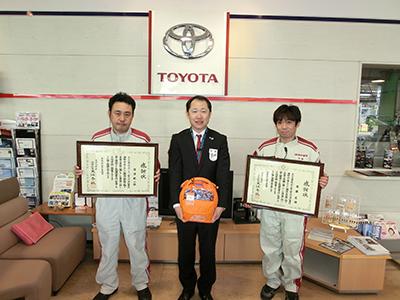 左から岩澤さん、太田店長、齋藤さん